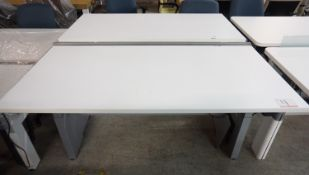 """STEELCASE POWERED HEIGHT ADJUSTABLE DOUBLE SIDED WORKSTATIONS 58"""" X 28"""" (120V)"""