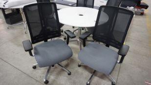 UNITS - LACASSE UNIT GREY SEAT / BLACK MESH W/ CHROME BASE PNEU ADJ OFFICE CHAIRS