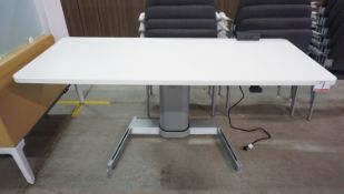 """STEELCASE AIRTOUCH HEIGHT ADJUSTABLE DESK 70"""" X 28"""" W/ POWER USB OUTLETS"""