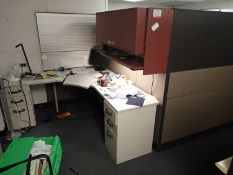 STEELCASE APPROX 6' X 8' WORKSTATION PARTITIONS C/W (1) CORNER STATIONARY DESK & L-SHAPED 16' X