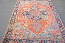Großer antiker pers. Heriz,Wolle auf Wolle, einschüssig, Naturfarben, Floor min. berieben,