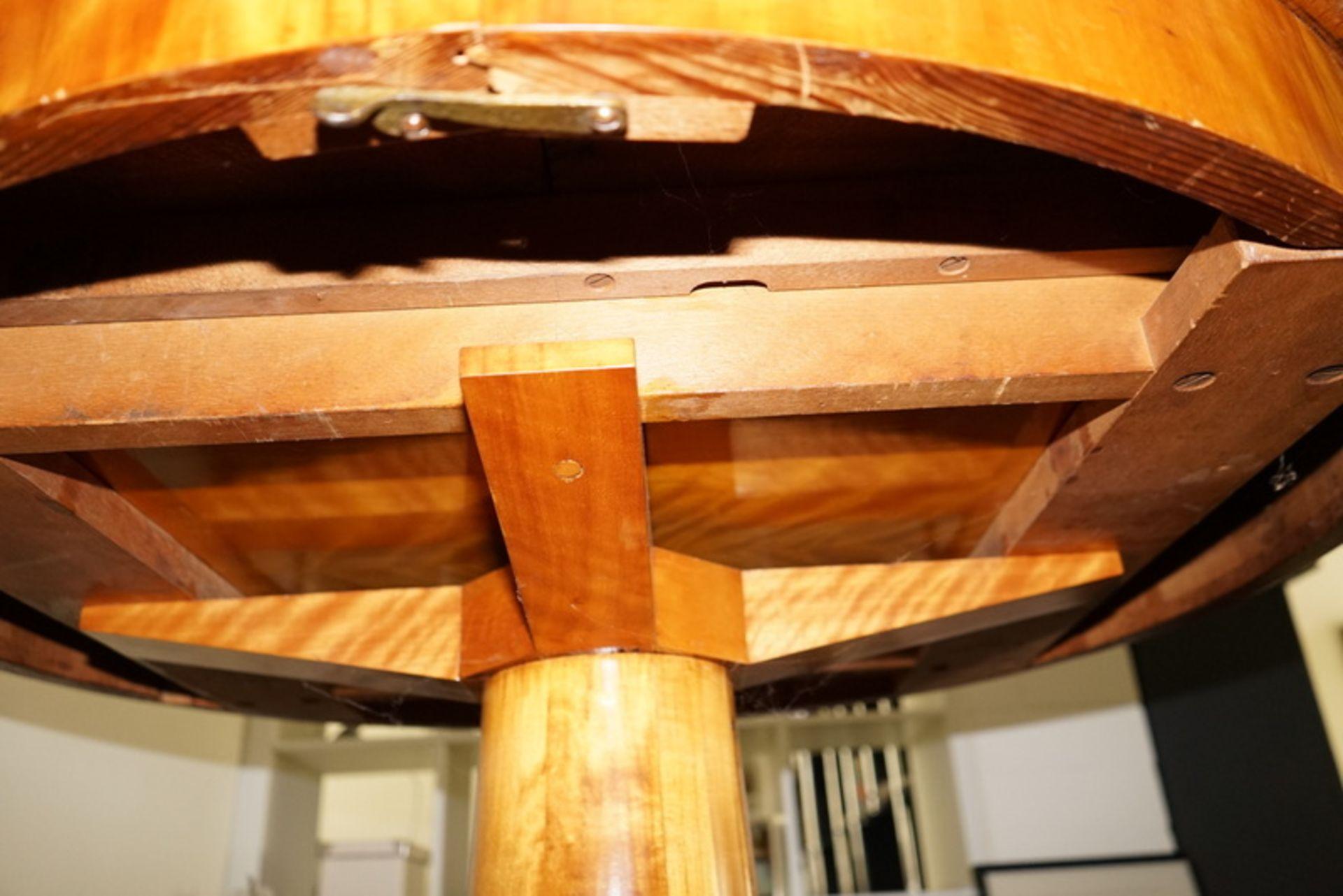 Neo-Biedermeier Esstisch ausziebar Kirsche Furniert - Bild 3 aus 4