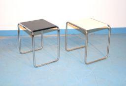 2 Hocker, Bauhaus, Entw. Marcel Breuer