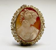 A cameo brooch with high purity gold filigree brooch mount 68.7x56.4mm Condition: Indistinct mark to