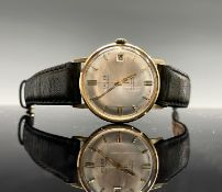 A gentleman's 9ct gold wristwatch by Talis with 25 jewel automatic date movement 33mm diameter 32.