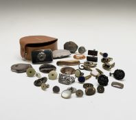 A Celanese silver and niello buckle 4.5x 2.8cm 21.2gm, polished agate specimens, various cufflinks