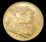 Great Britain Gold Sovereign 1911 EF George V Condition: please request a condition report if you