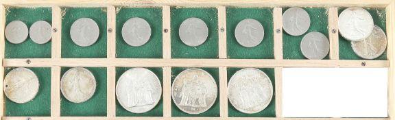 Konvolut 15 französischer Silbermünzen des 20. Jh.