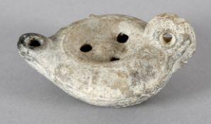 Antike Öllampe, grauer Scherben, wohl griechisch-hellenistisch, Ende 4. bis Ende 3. Jh. v. Chr.