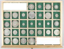 Konvolut 29 britischer, kanadischer u. niederländischer Münzen