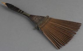 Fächerförmiger Haarkamm (Fil fil), Afrika, 20. Jh.