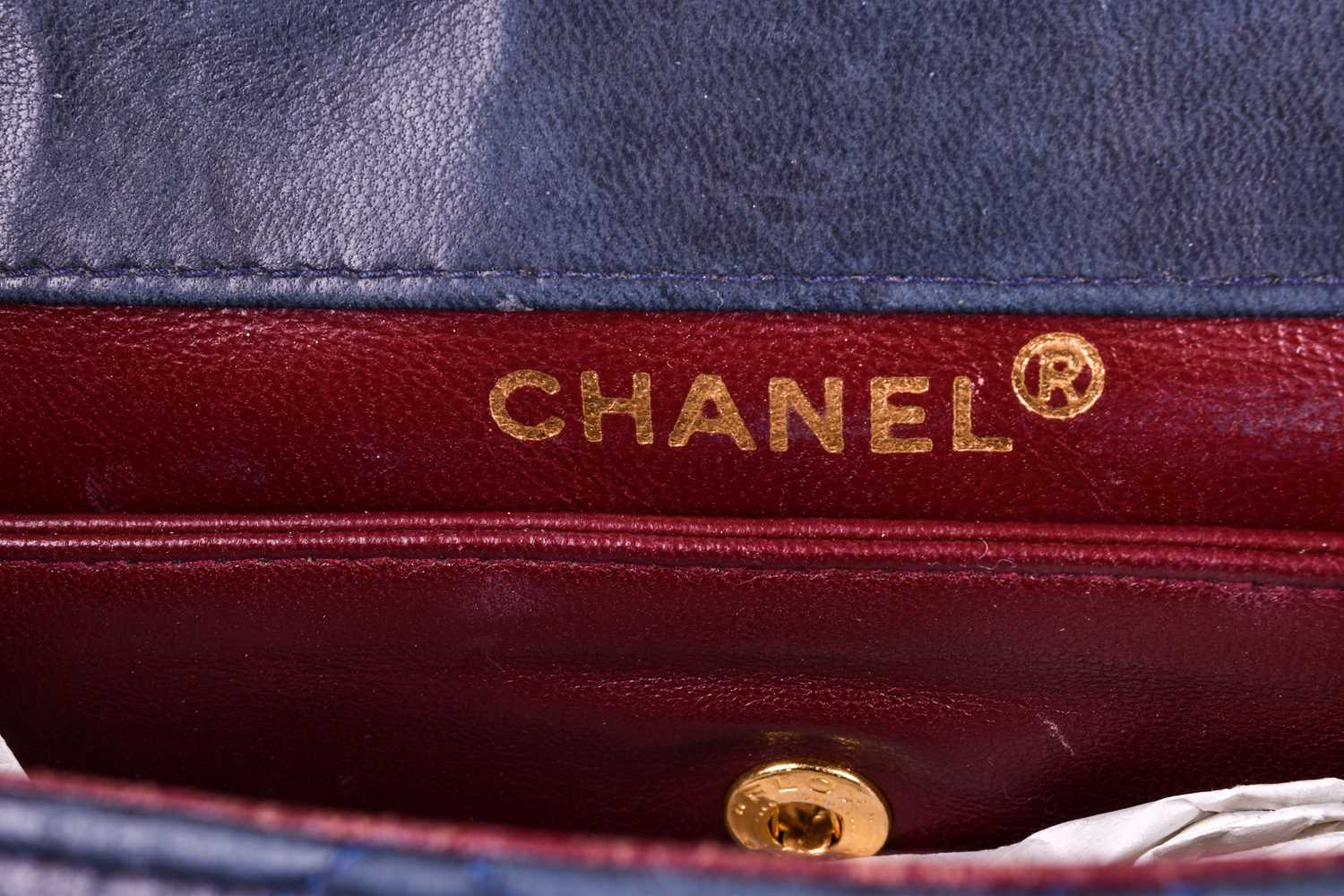 Chanel. A classic quilted leather handbag, of tapered square design, with gold tone CC logo clasp, - Image 6 of 26