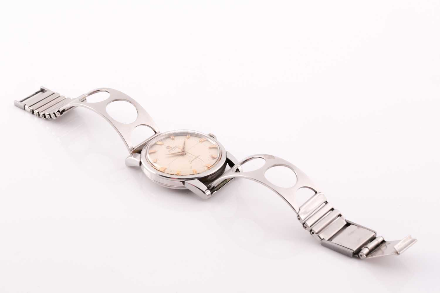 An Omega Seamaster automatic stainless steel wristwatch, the silvered dial with gilt baton - Image 4 of 7