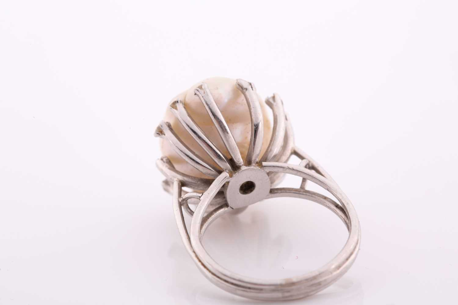 A diamond and cultured Baroque pearl cocktail ring, the pearl measuring approximately 1. 7x 1.35, - Image 2 of 5