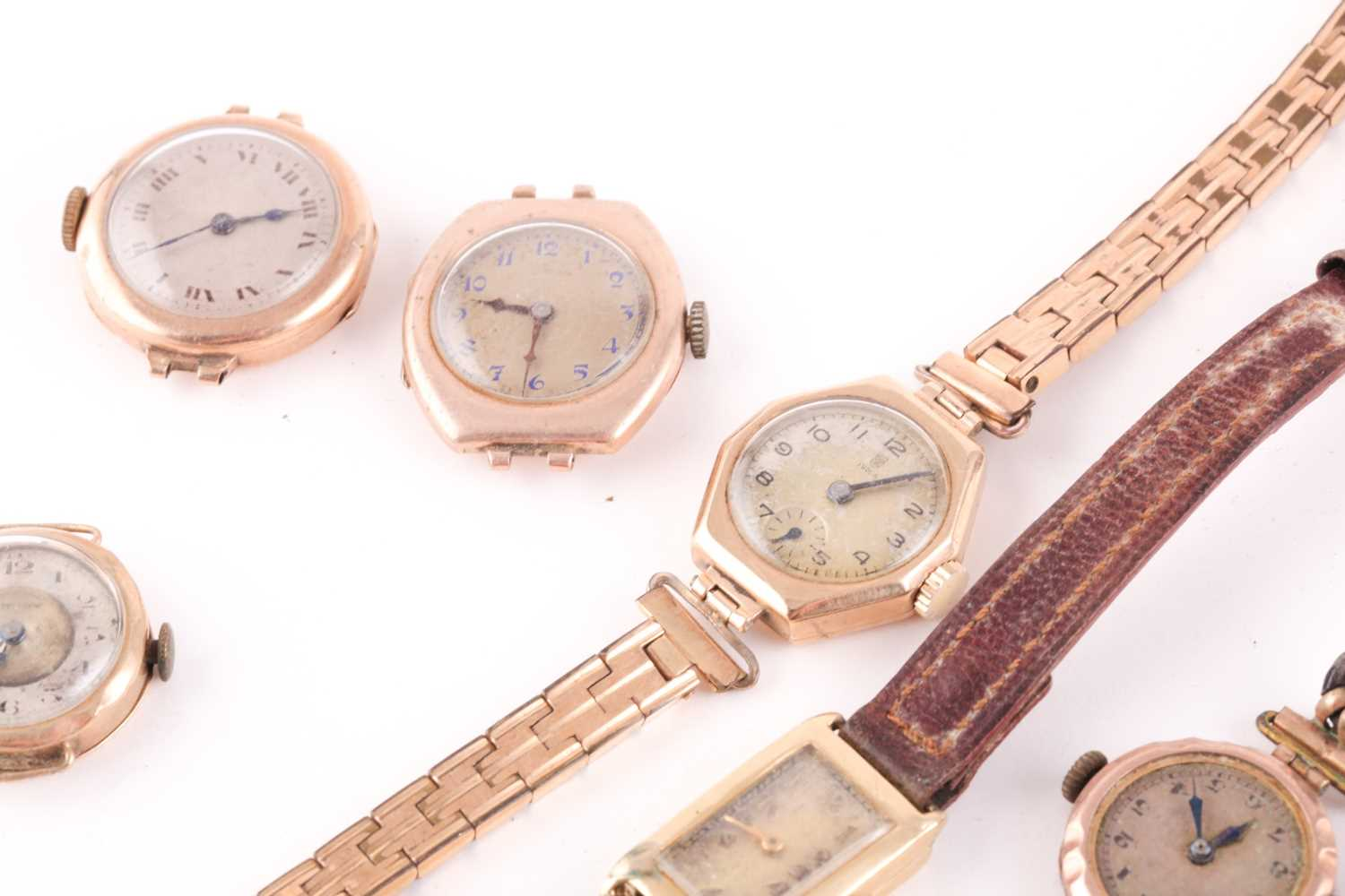 Tudor. A lady's 9 carat gold watch. the silvered dial with Arabic indices and subsidiary seconds - Image 3 of 3