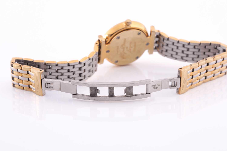 Longines. A ladies gilt metal 'La Grande Classique de Longines' wristwatch, gilt baton dial on - Image 3 of 6
