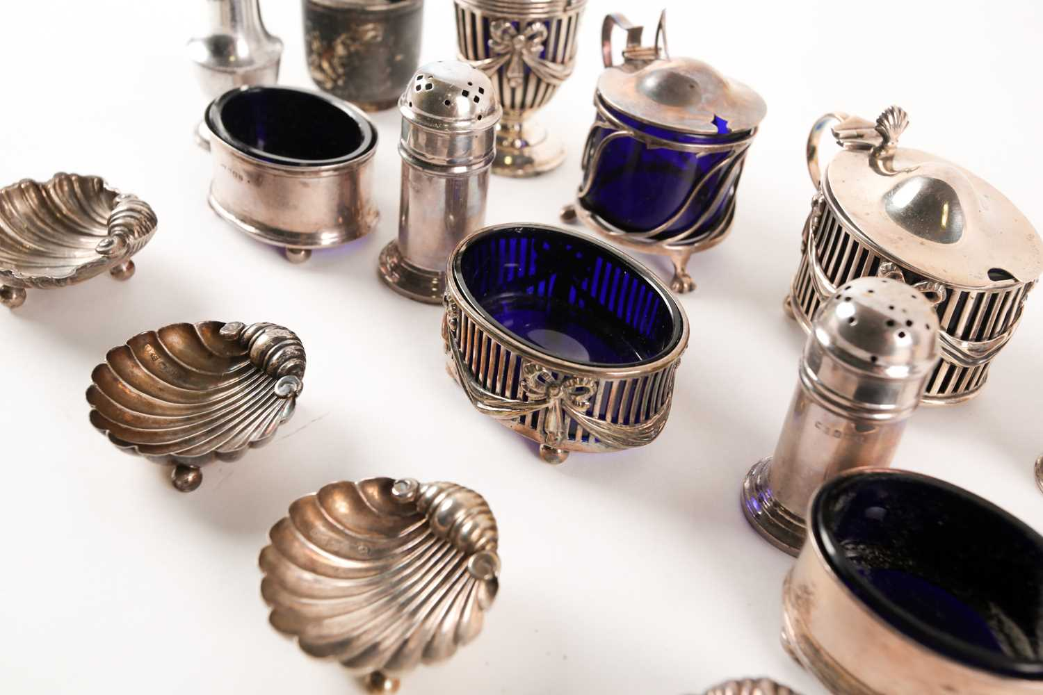 A collection of silver cruet items including lidded mustards, peppers and salts. Mixed makers and - Image 2 of 4