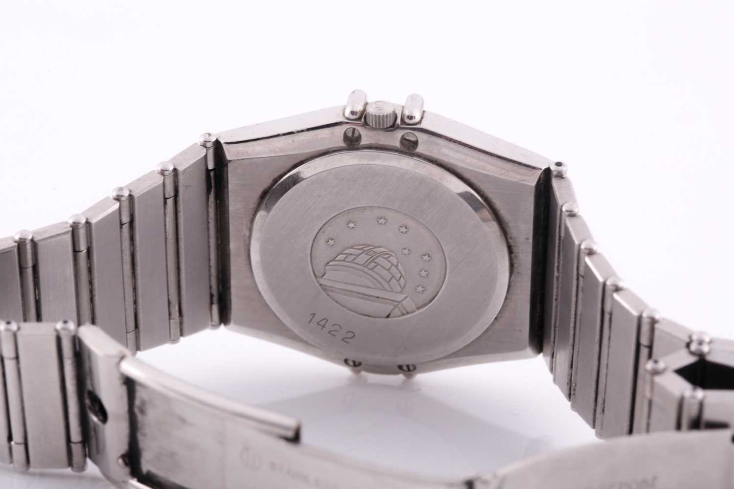 An Omega Constellation chronometer quartz wristwatch, with date aperture and Roman numeral dial, - Image 2 of 5