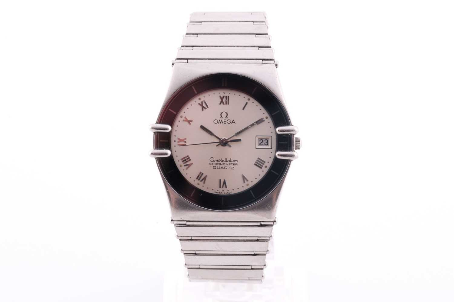An Omega Constellation chronometer quartz wristwatch, with date aperture and Roman numeral dial,