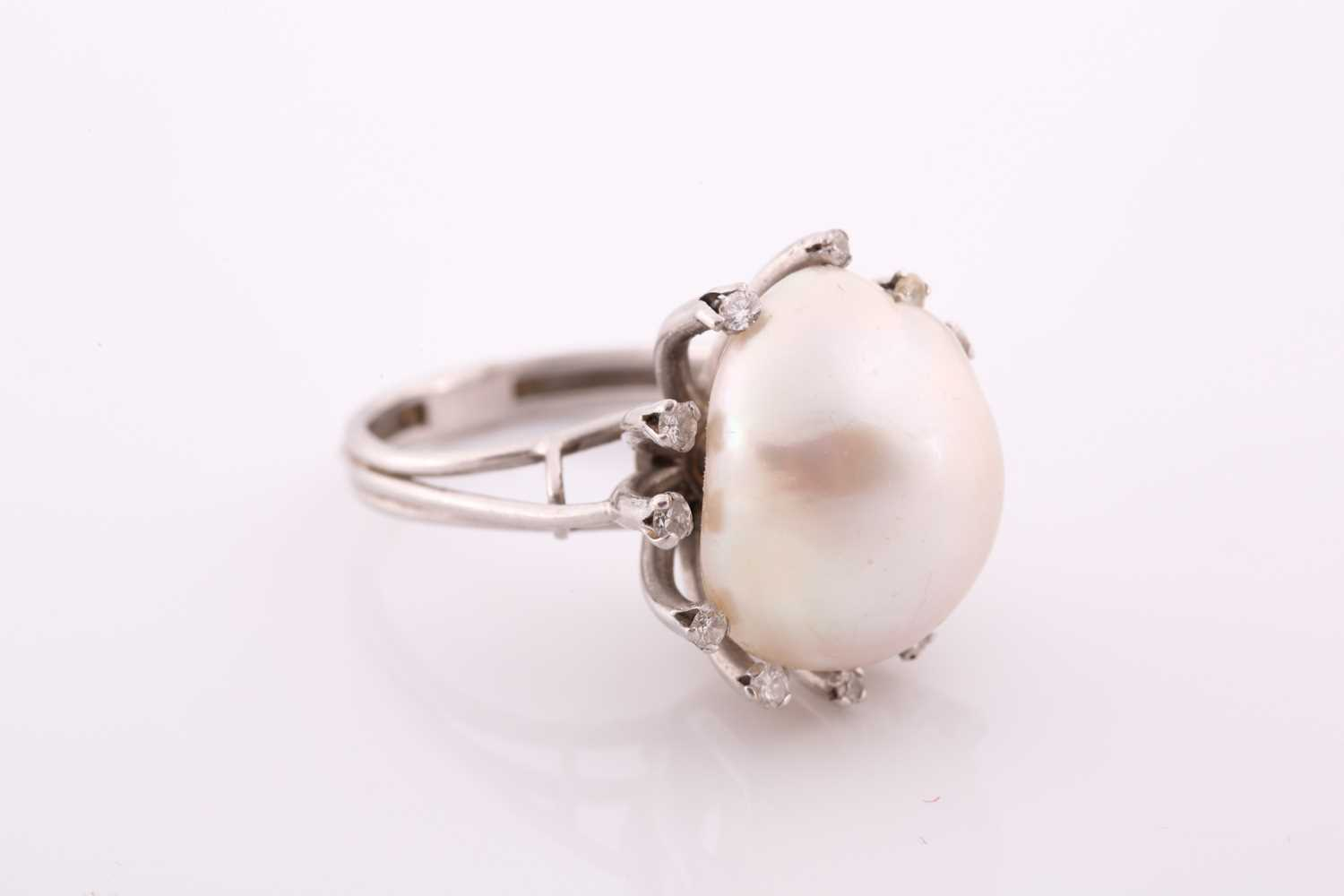 A diamond and cultured Baroque pearl cocktail ring, the pearl measuring approximately 1. 7x 1.35, - Image 3 of 5