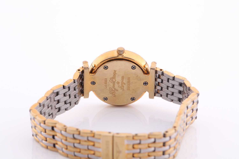 Longines. A ladies gilt metal 'La Grande Classique de Longines' wristwatch, gilt baton dial on - Image 4 of 6