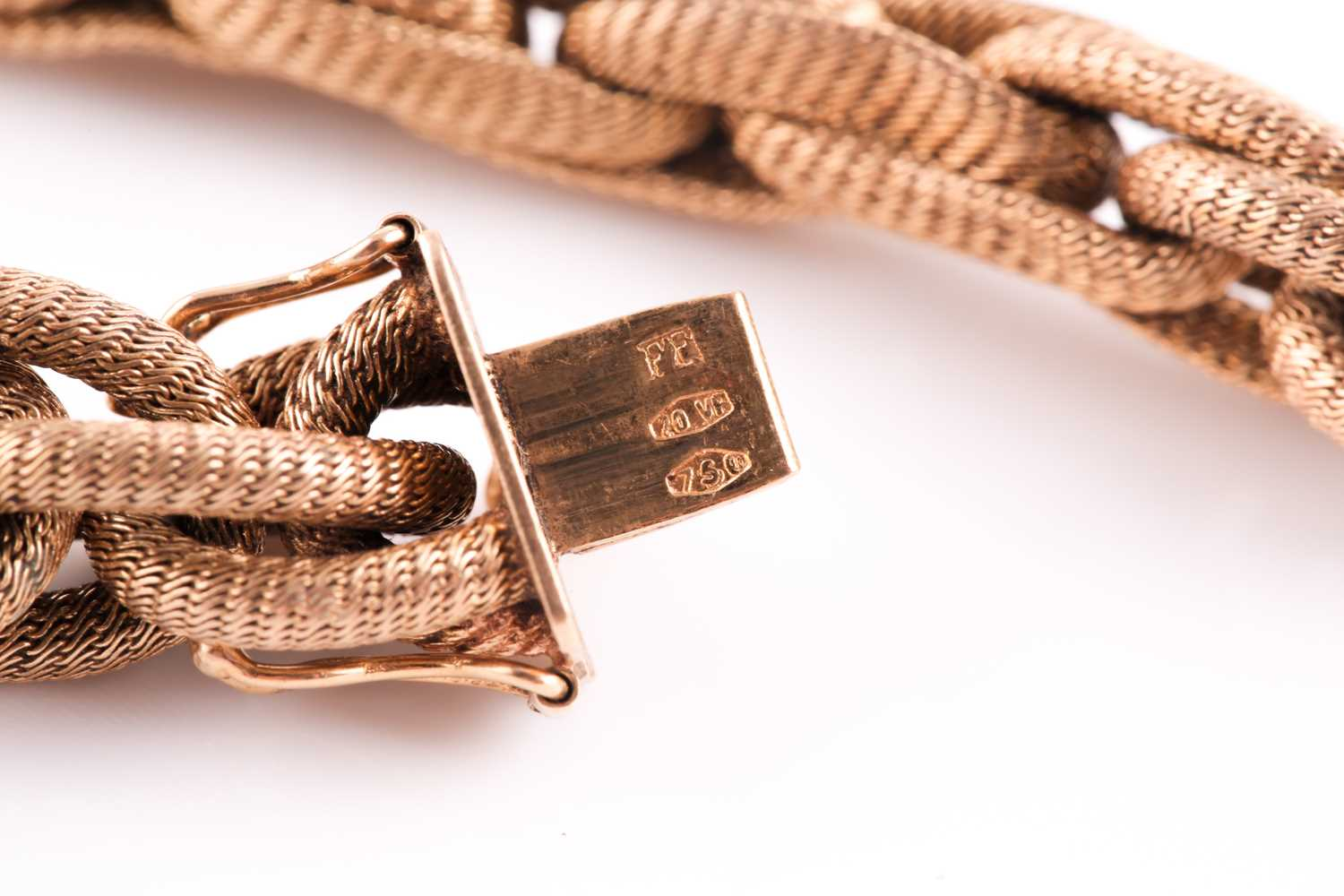 A late 19th / early 20th century 18ct yellow gold mesh-link bracelet, comprised of rope-twist oval - Image 3 of 3