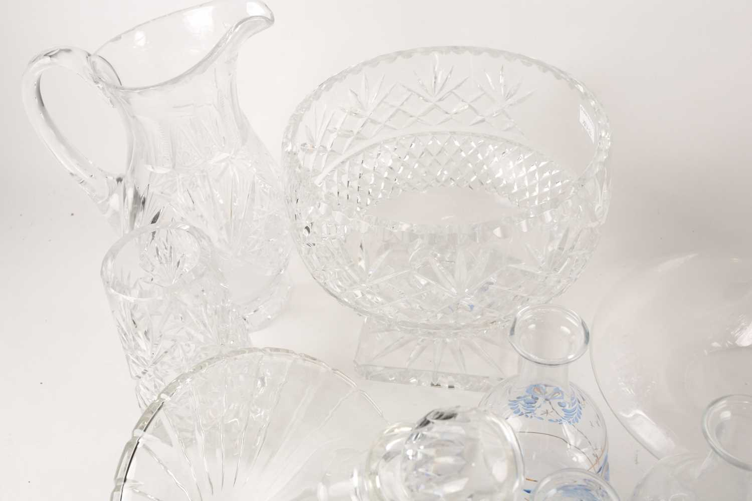 A quantity of cut glass to include a pair of large pedestal bowls, a Waterford decanter, glass - Image 5 of 7