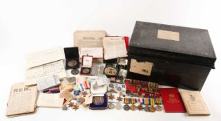 A mixed group of WWI and WWII medals, some grouped, to include a WWI Campaign and Victory medal to