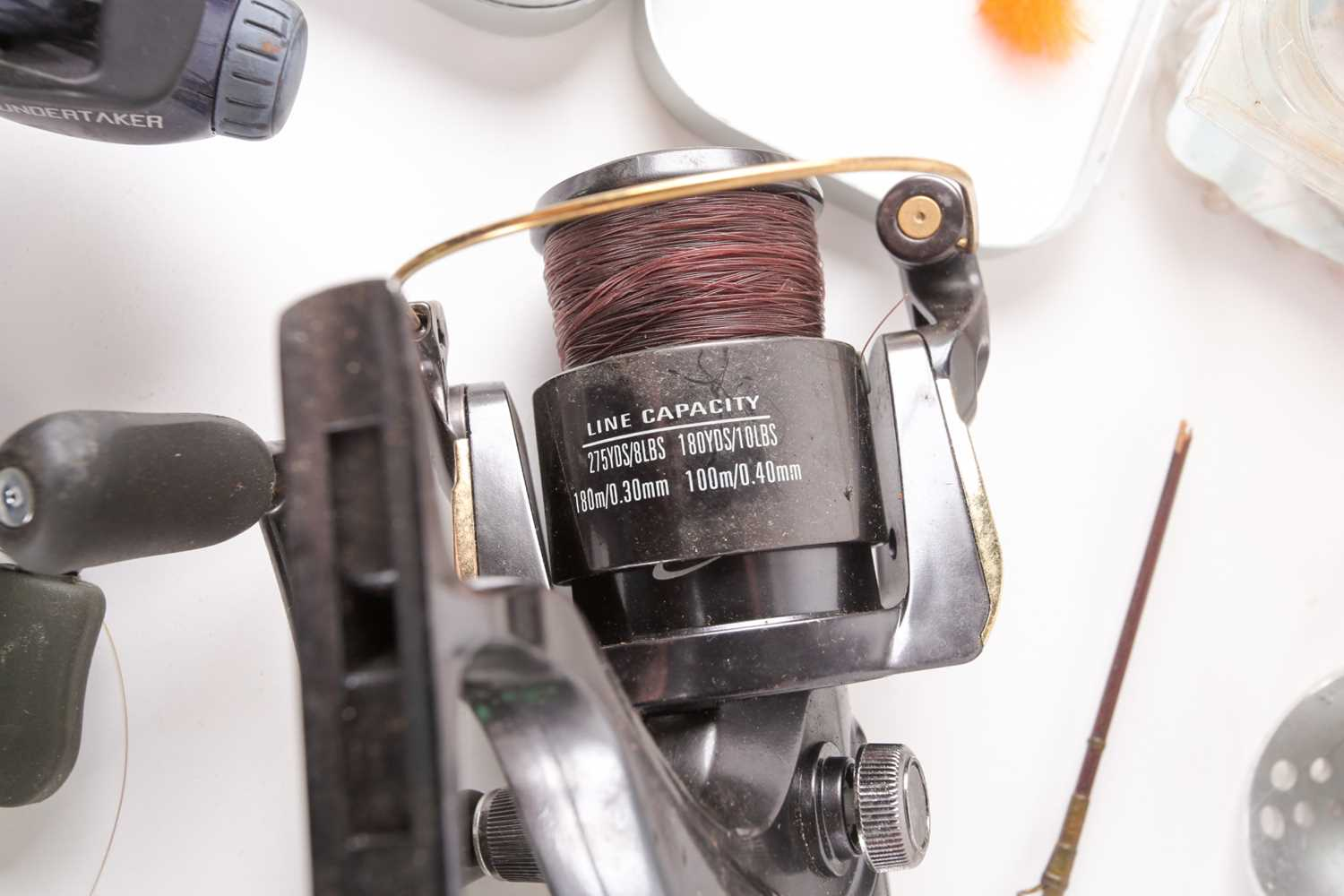 A collection of assorted fly (and other) fishing reels, to include 'The Flyweight' and 'LRH - Image 3 of 7