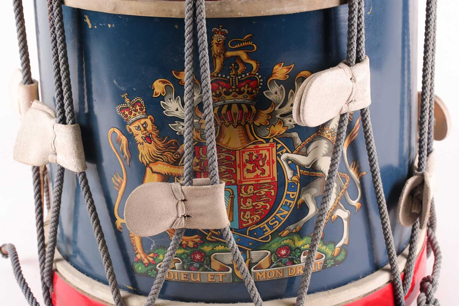 A 20th century regimental (Queen's own regiment of foot?) side drum by Peter Henderson ltd of - Image 5 of 5