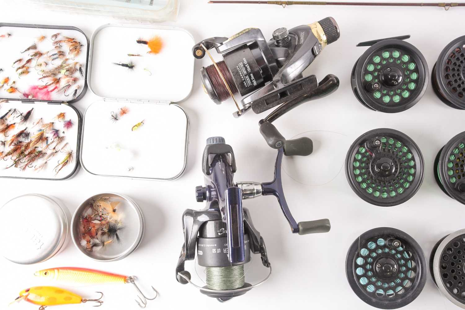 A collection of assorted fly (and other) fishing reels, to include 'The Flyweight' and 'LRH - Image 2 of 7