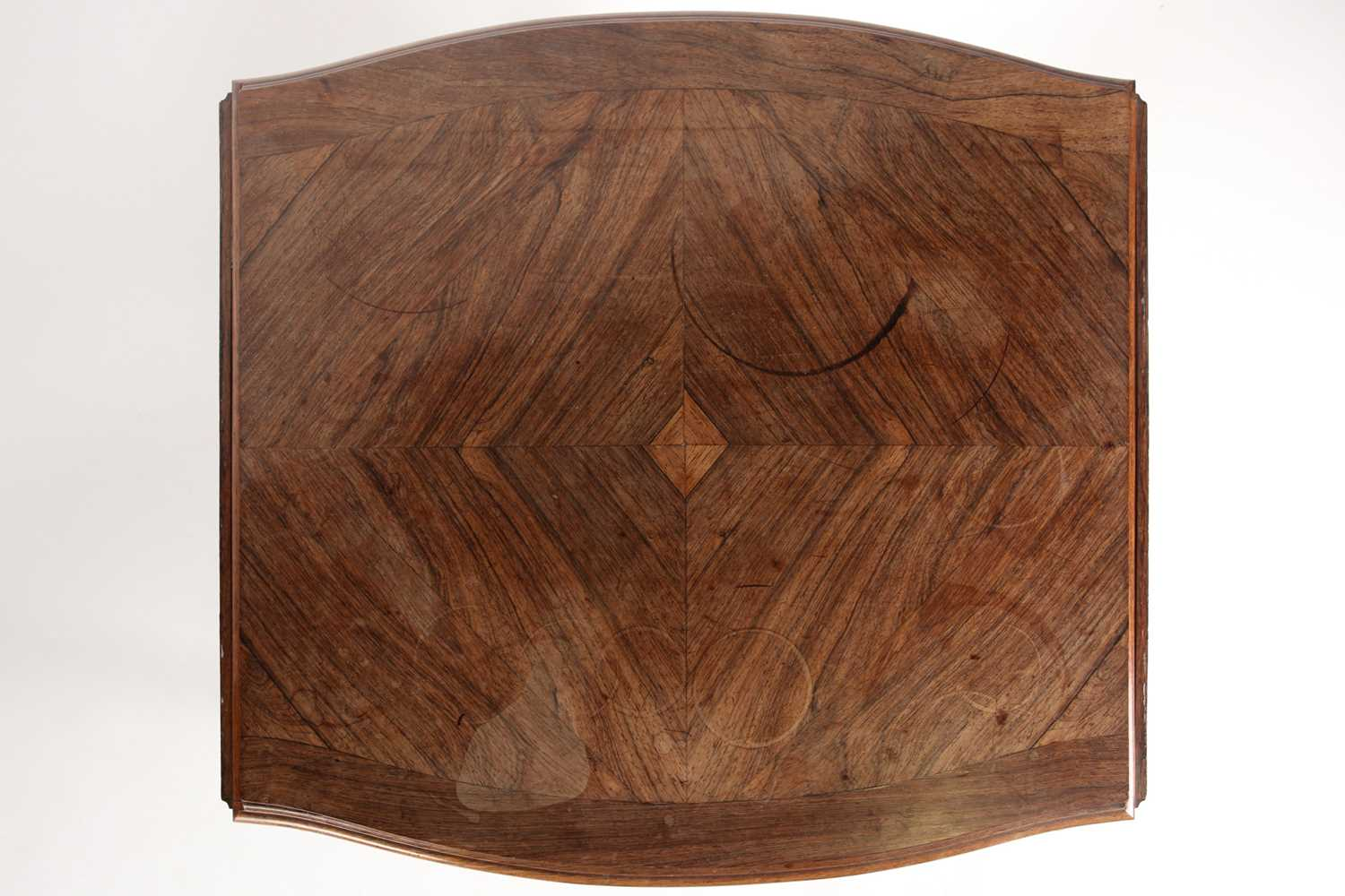 A Louis XV style two flap low rosewood table of serpentine form. Fitted a single frieze drawer - Image 2 of 7