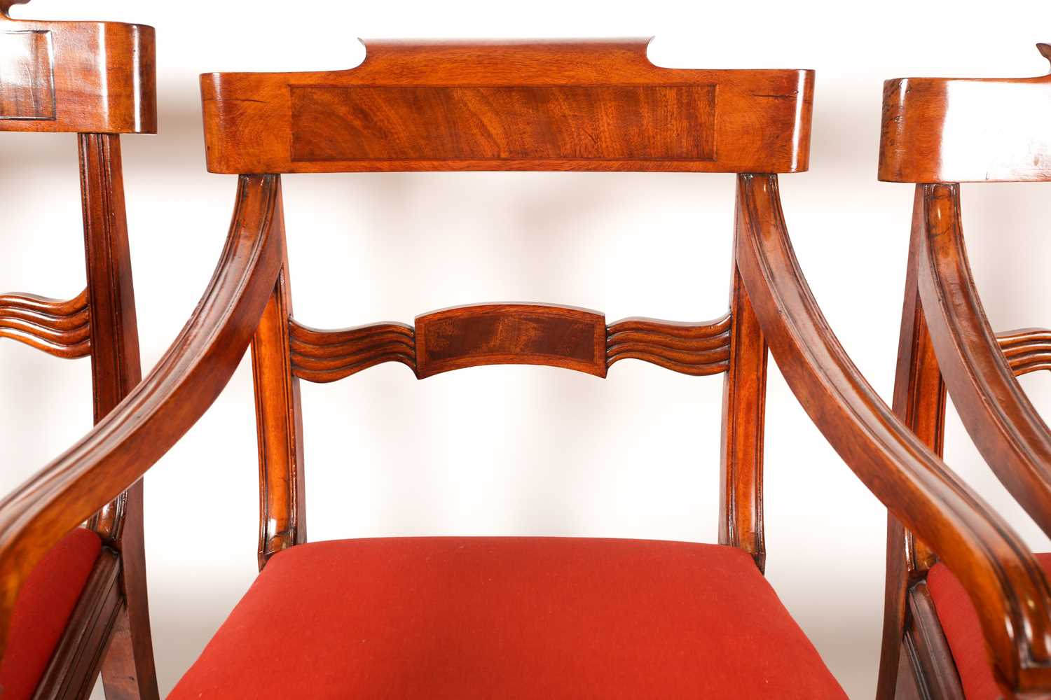 A set of four Scottish Regency mahogany dining chairs. With broad, shaped cresting rails over - Image 3 of 4