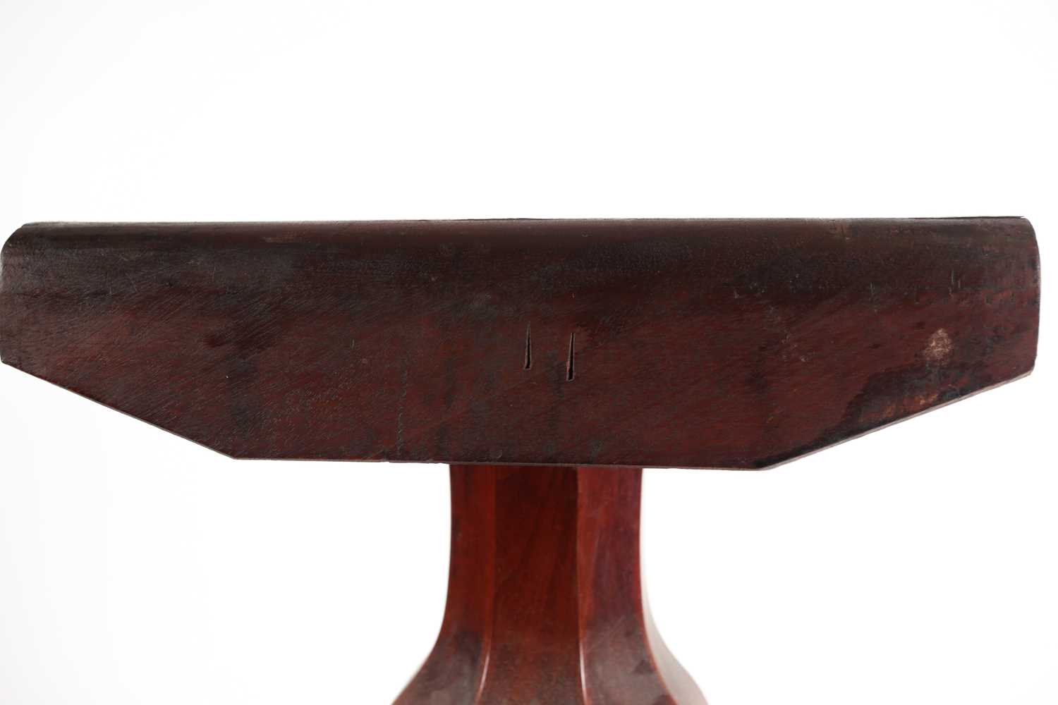 A Victorian mahogany circular flip-top breakfast table. With a carved tripod base. 120 cm diameter x - Image 4 of 6