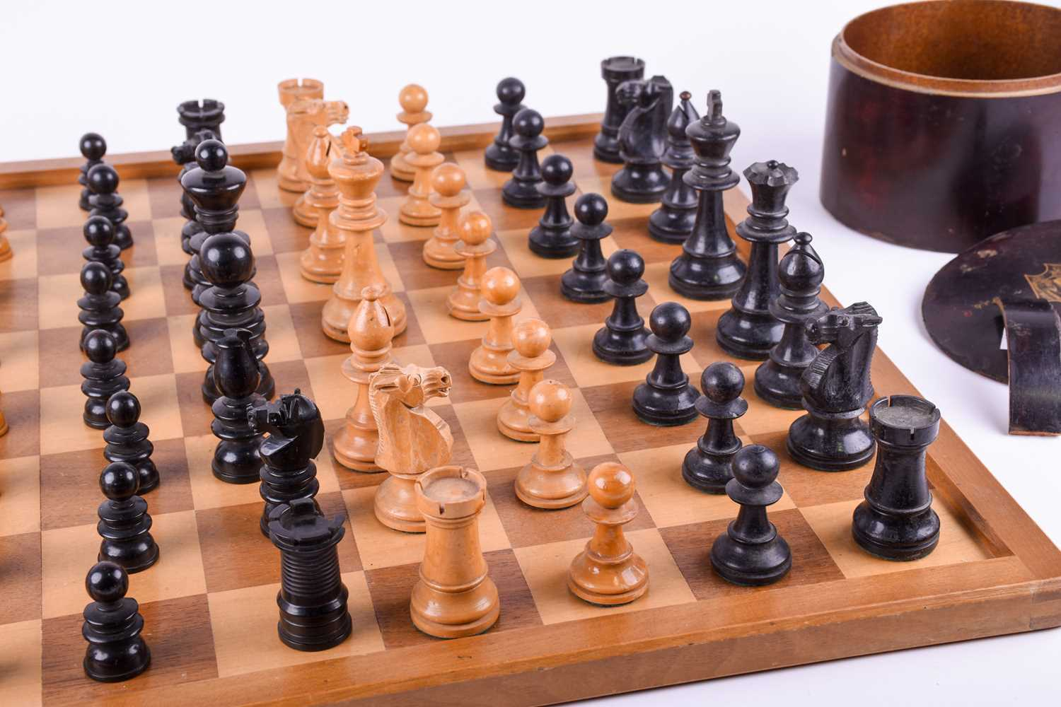 A 19th century turned boxwood and ebony chess set, together with an almost similar 20th century - Image 3 of 8