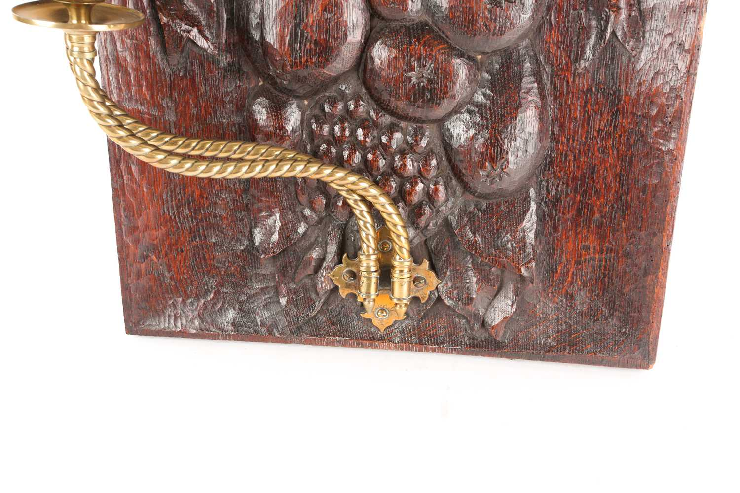 An English oak carved panel, late 19th century, carved with assorted fruits tied by a large - Image 4 of 7