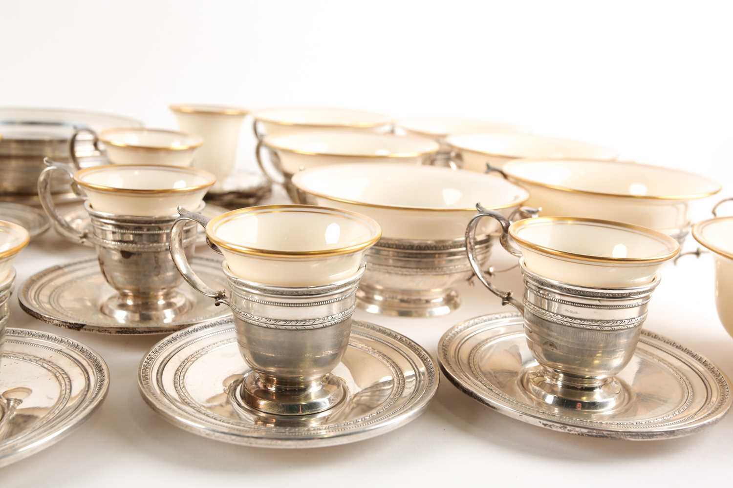 A Lenox Porcelain coffee and dessert service, set in Gorham Sterling Silver mounts, comprising - Image 7 of 26