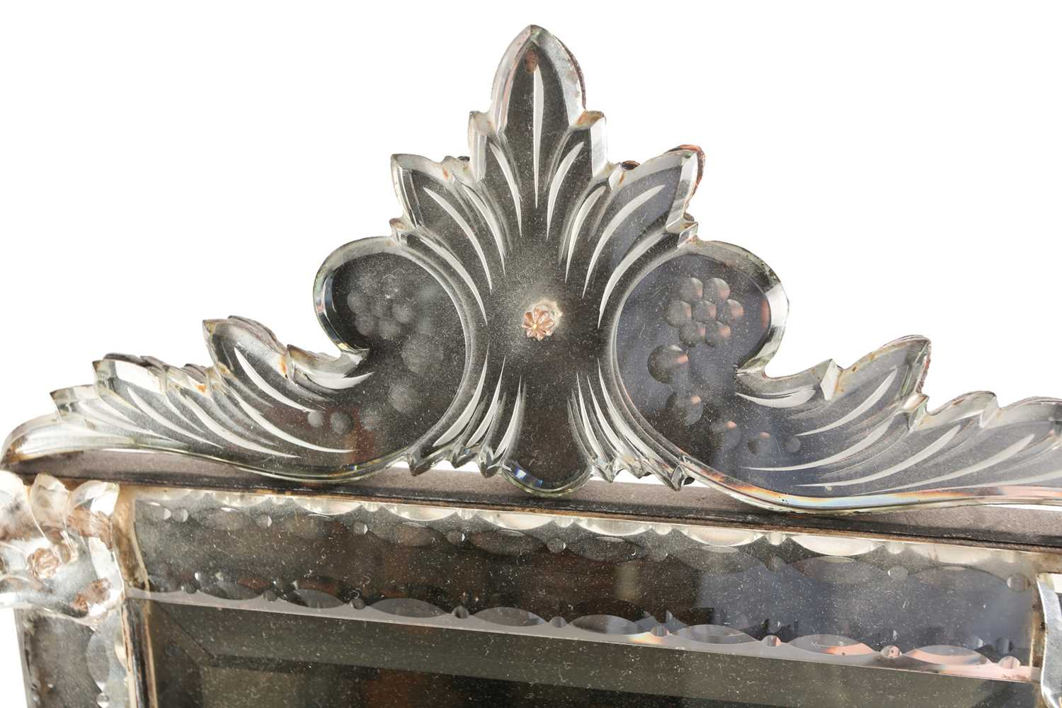 A Venetian dressing table mirror, with scroll surmount and easel back, 62 cm x 38 cm (full - Image 5 of 7