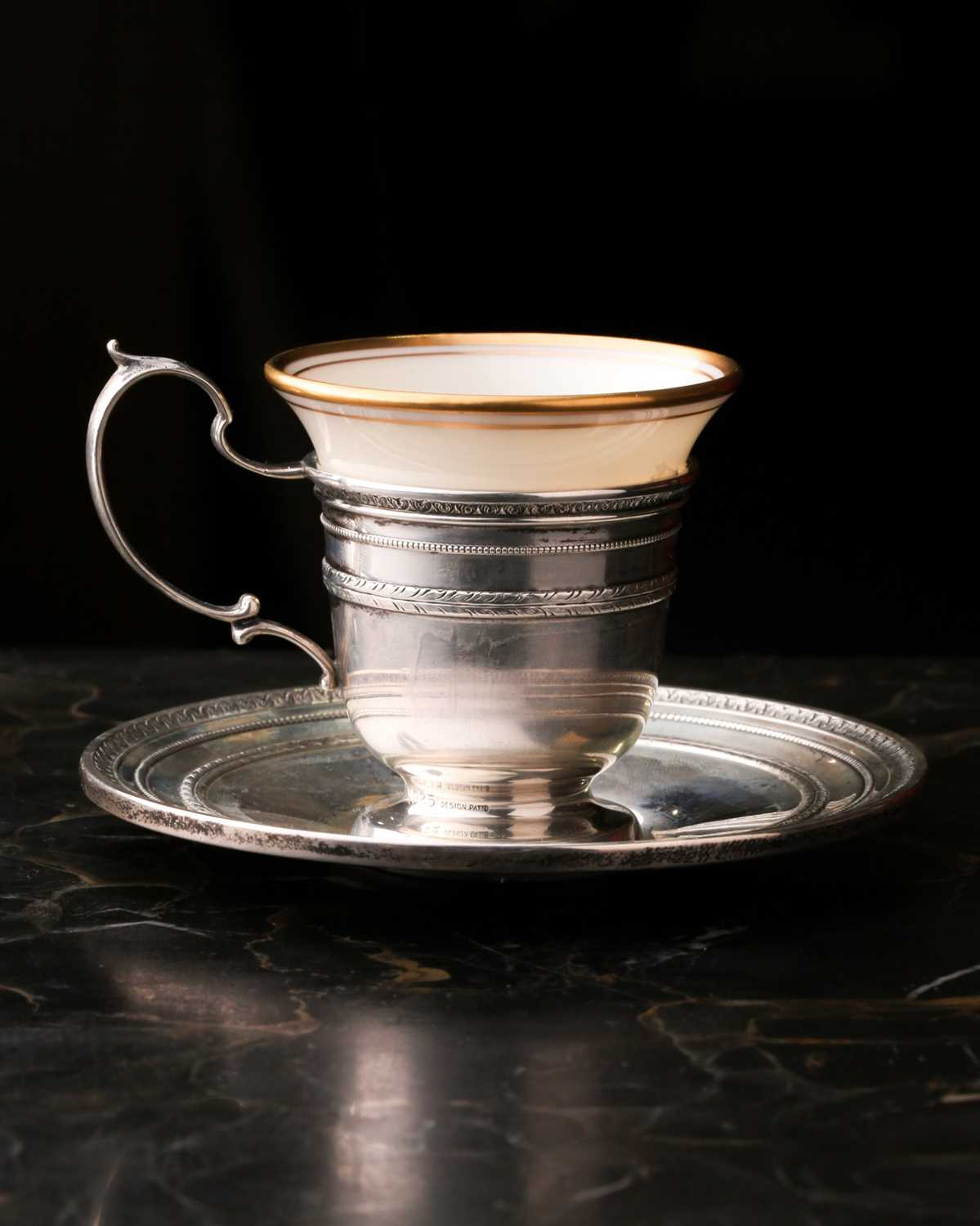 A Lenox Porcelain coffee and dessert service, set in Gorham Sterling Silver mounts, comprising - Image 12 of 26