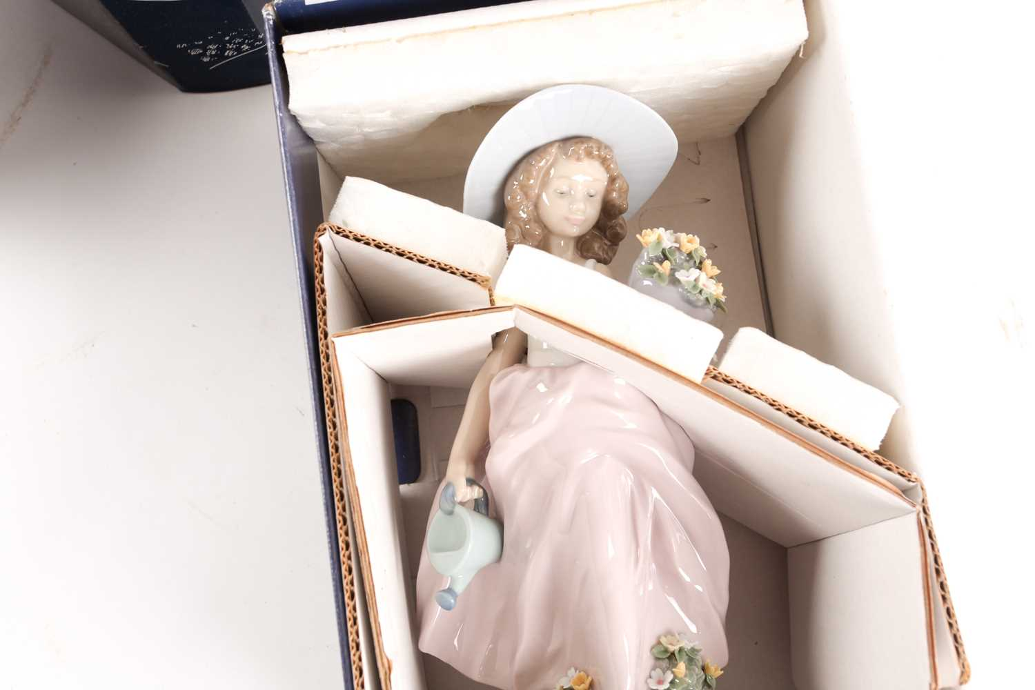 Six Lladro figures, Now & Forever (07642), A Wish Come True, (07676), Pals Forever, (07686), - Image 4 of 6