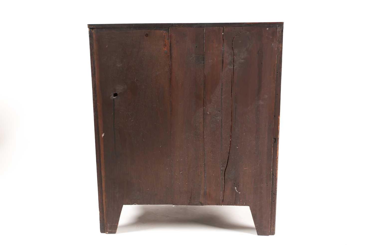 A small George III style satinwood strung mahogany caddy topped chest of drawers. With two short - Image 4 of 7
