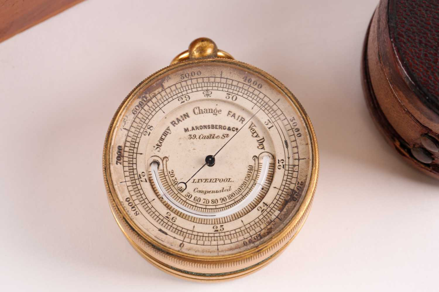M. Aronsberg. A pocket barometer/compass compendium/ thermometer. Bearing the legend M. - Image 4 of 6