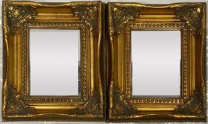 Paar kleine und zwei einzelne Prunkspiegel. Holz/Stuck, vergoldet bzw. schwarz gelackt. Abweichende