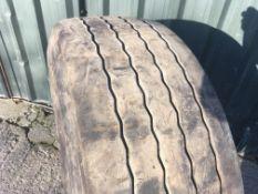 385/65R 22.5 Super single part worn Tyre