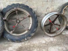 Pair 13.6/12 x 38 5 star dual wheel Cent