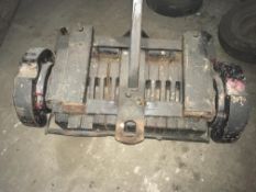 MF Weights on rack for 3 point linkage