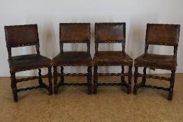 Serie van 4 Renaissance stoelen