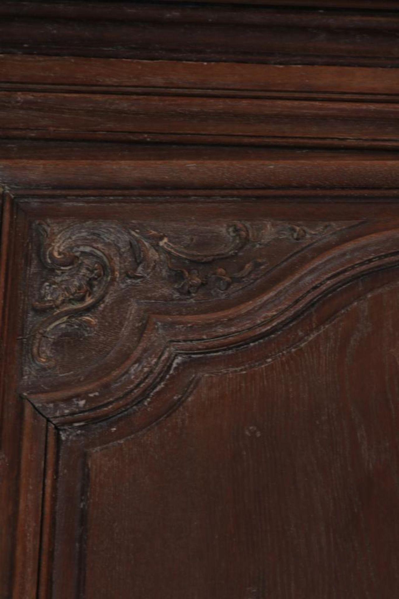 Eiken linnenkast met deur, Frankrijk - Image 4 of 4