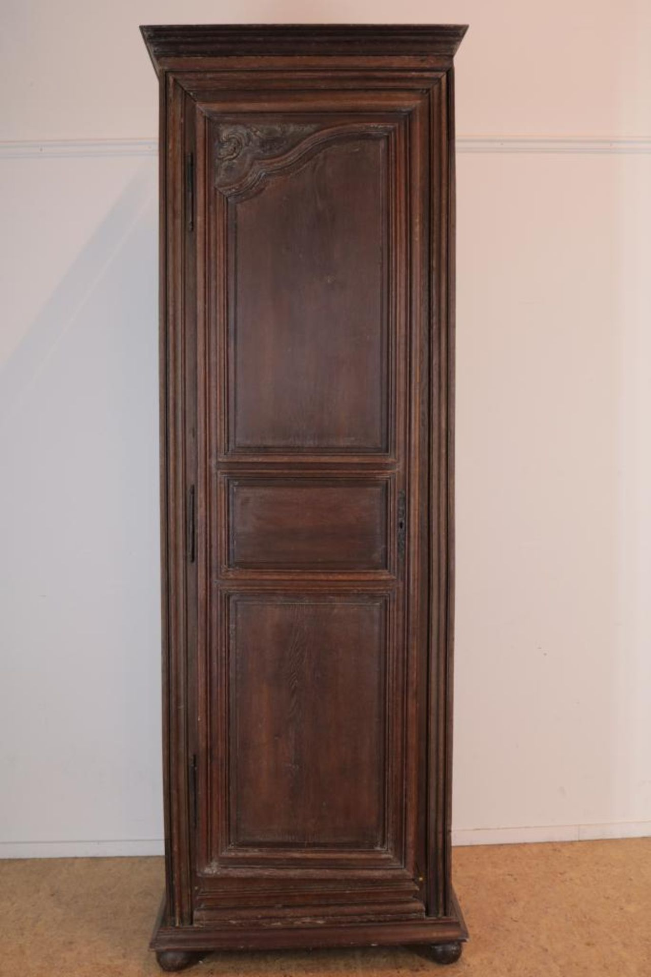 Eiken linnenkast met deur, Frankrijk