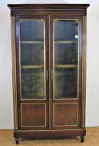 Mahonie Louis XVI-stijl vitrine kast